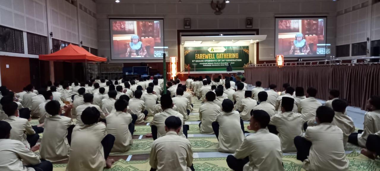 wejangan eyang Hj. Siti Aminah Kepada Santri Sebelum Resmi Jadi Alumni