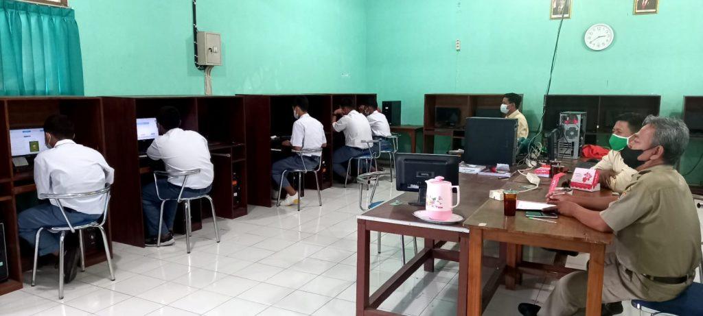 SMK Assalaam Gelar ANBK 2021