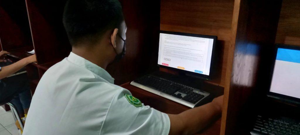 SMK Assalaam melakuksanakan ANBK 2021. Asesmen Nasional Berbasis Komputer (ANBK) 2021 dilakukan di Laboratorium Komputer SMK Assalaam pada 20 hingga 21 September 2021.  Asesmen yang diikuti oleh seluruh Kelas XI (sebelas) SMK diselenggarakan oleh Kementerian Pendidikan dan Kebudayaan (Kemendikbud).