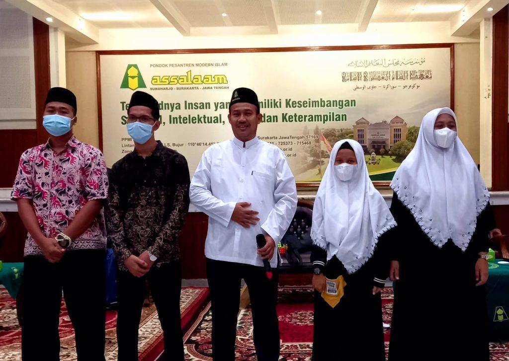 Bupati Pemalang, Alumni Santri Assalaam Saresehan Bersama Santri